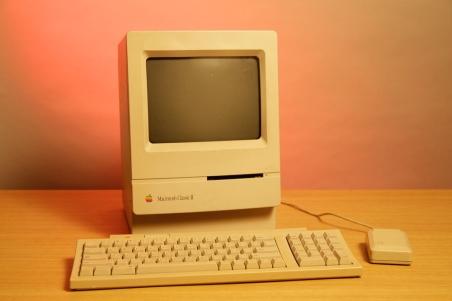 MacintoshClassicII_011